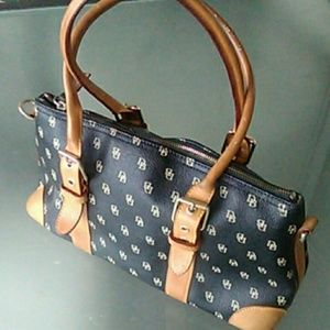 Dooney& Bourke bag